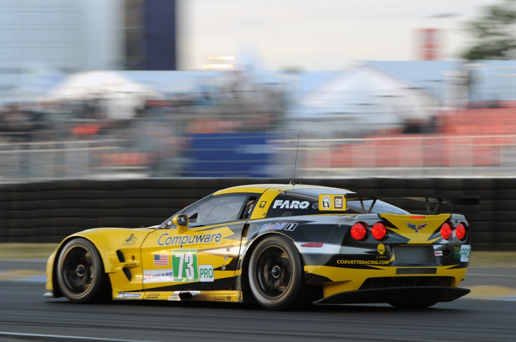 07-corvette-racing-c6r