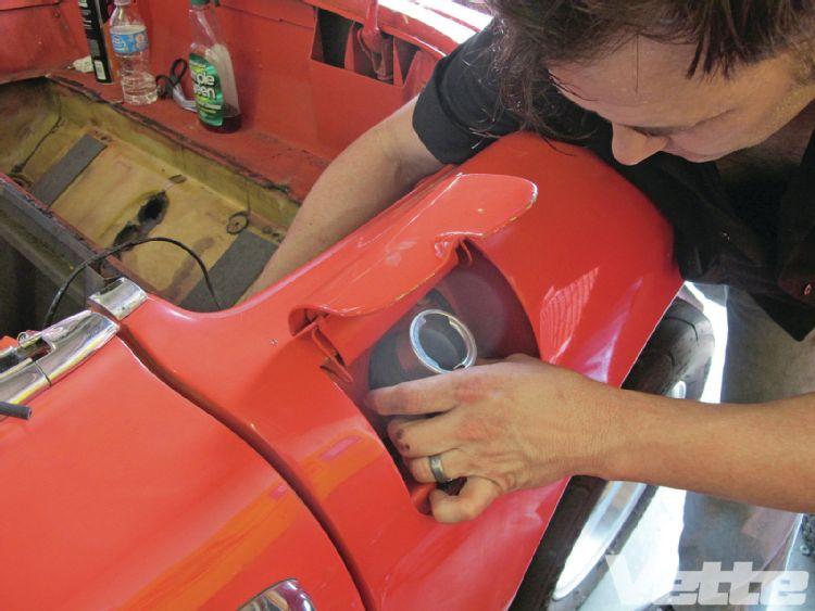 vemp-1303-14-corvette-central-deluxe-gas-tank-kit-fill-tube-installed