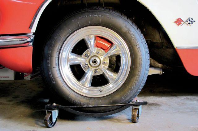 1958-chevrolet-corvette-reinstall-wheel-31